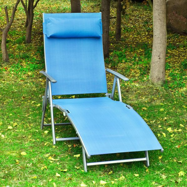 Outsunny Adjustable Folding Reclining Chair Outdoor Sun Lounger Patio Chaise Lounge Garden Beach Gravity Lounge with Pillow Blue