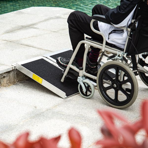 HOMCOM Non-slip portable and convenient to store with Double Wheel Single Fold Wheelchair Ramp Scooter|Aosom Canada