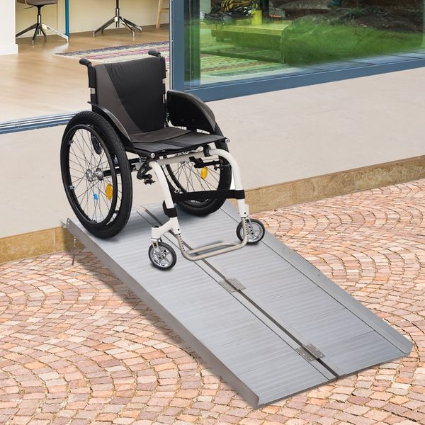 HOMCOM 4' Wheelchair Ramp Compact Foldable Portable Scooter Mobility Easy Access Carrier with Carrying Handle Aluminum Alloy Stairs | Aosom Canada