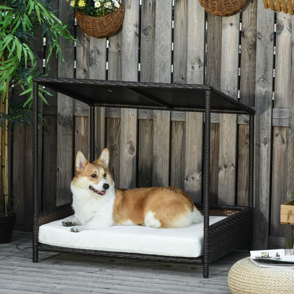 """PawHut Wicker Dog House w/ Roof for Indoor and Outdoor, 33.5"""" L x 27.25"""" W x 33.5"""" H Sloped Padded Mat,   Aosom"""