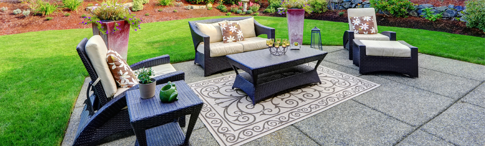 Outdoor Sofas and Sectionals