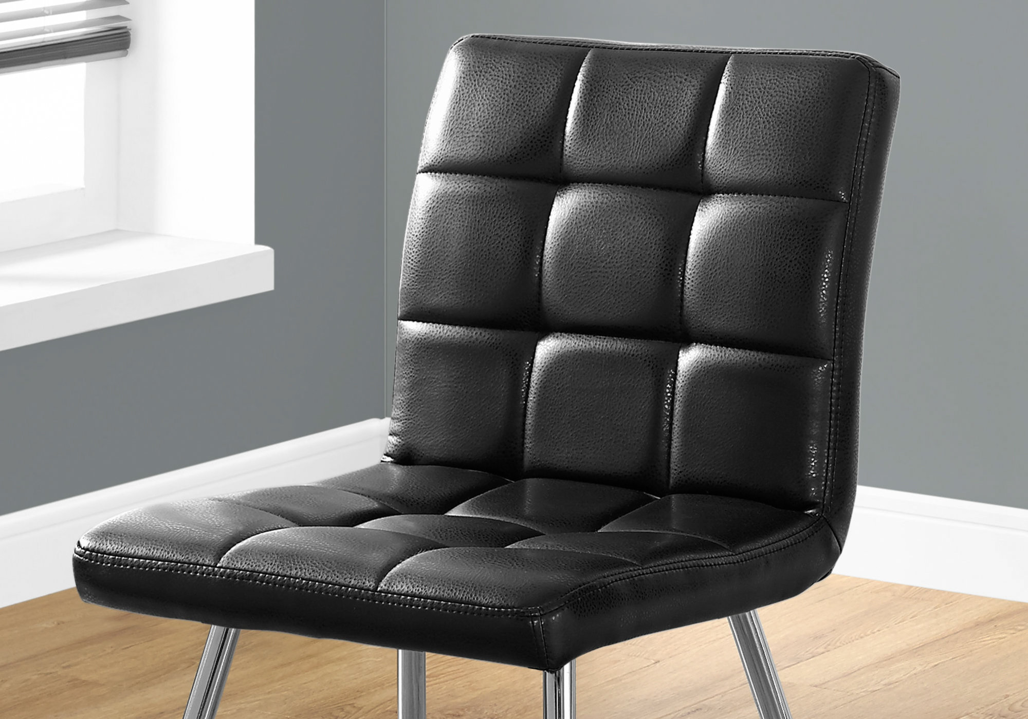 Monarch 2 Piece Quilted PU Leather Chrome